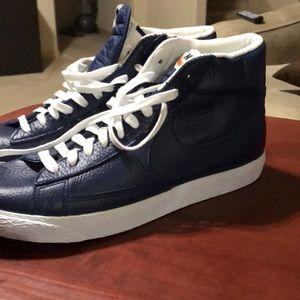 Nike Blazers Mens 10 1/2